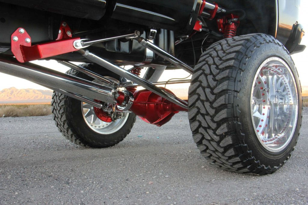 rear-suspension-uses-coilover-shocks