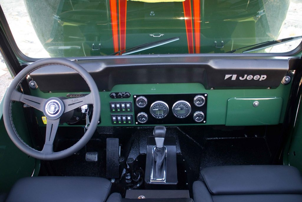Looking down at the dash you can see the Faria gauges