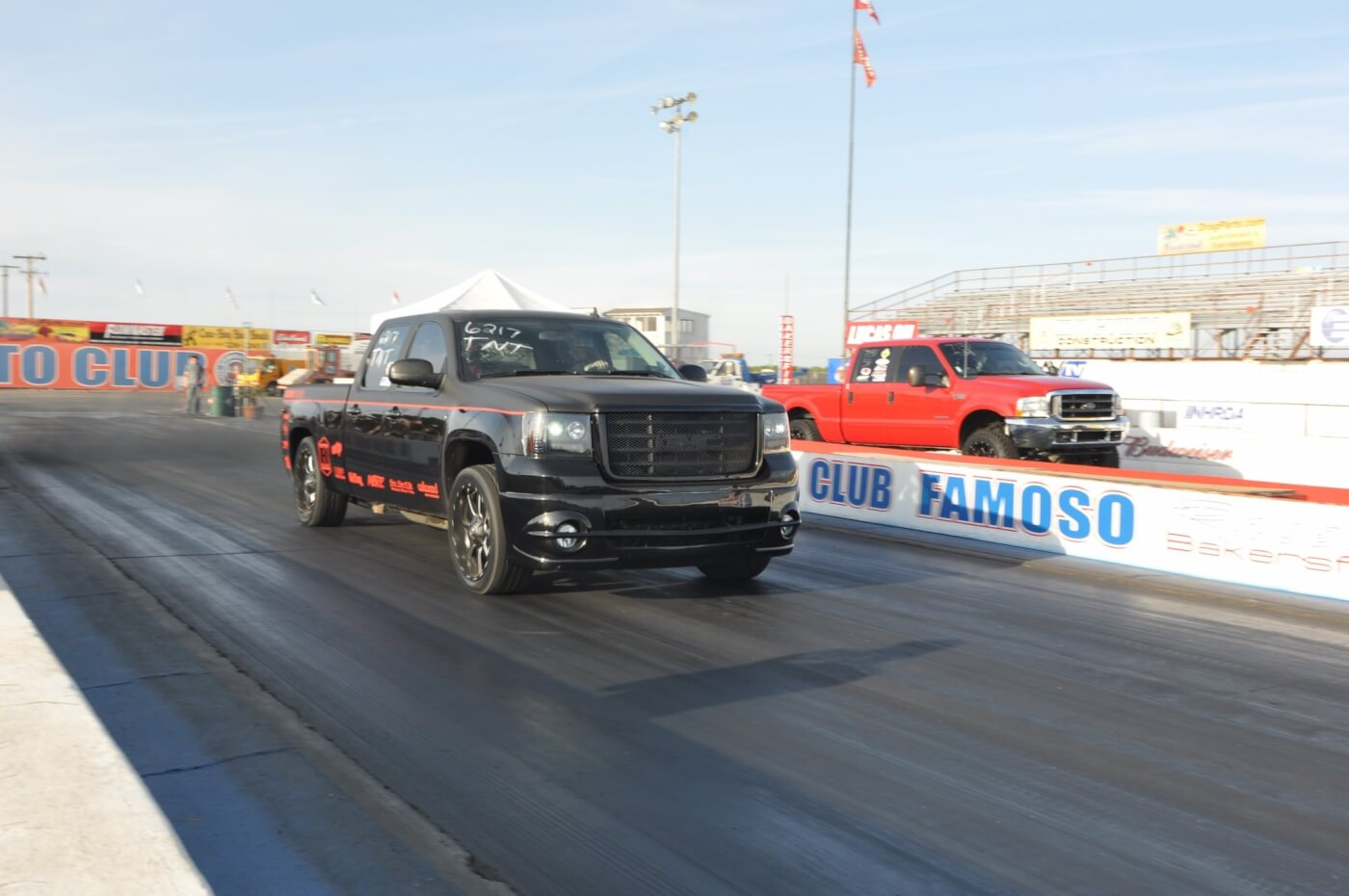 Mike of Dmax Store brought out his new toy, an LMM-powered GMC, to compete.