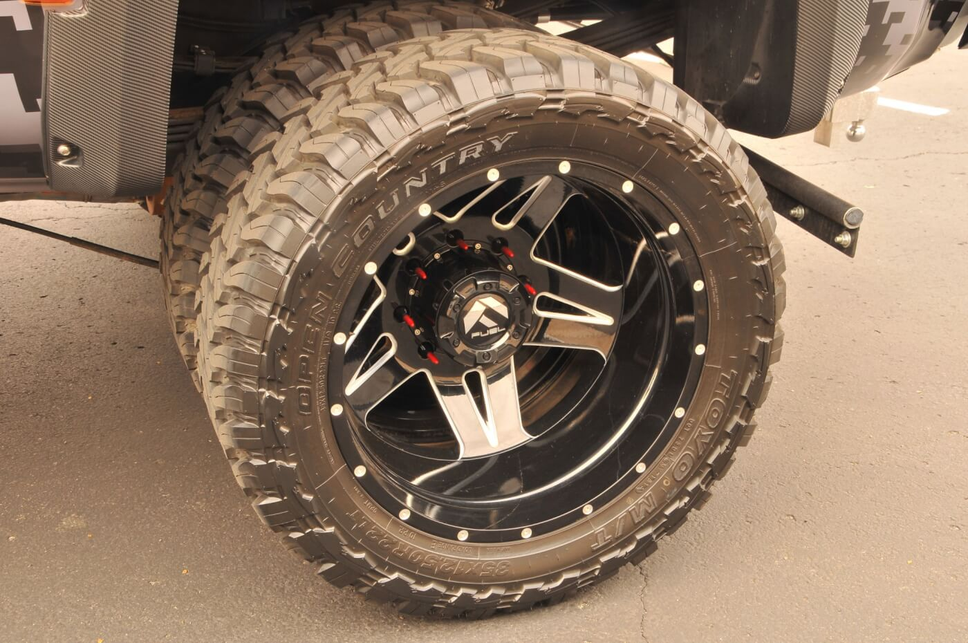 The wheels are 22-inch Fuel Full Blown models with lug nuts that look like .50-caliber bullets (from V&V Concepts). Toyo Open Country M/T tires provide lots of traction for any offroad excursions and are relatively quiet on the highway.