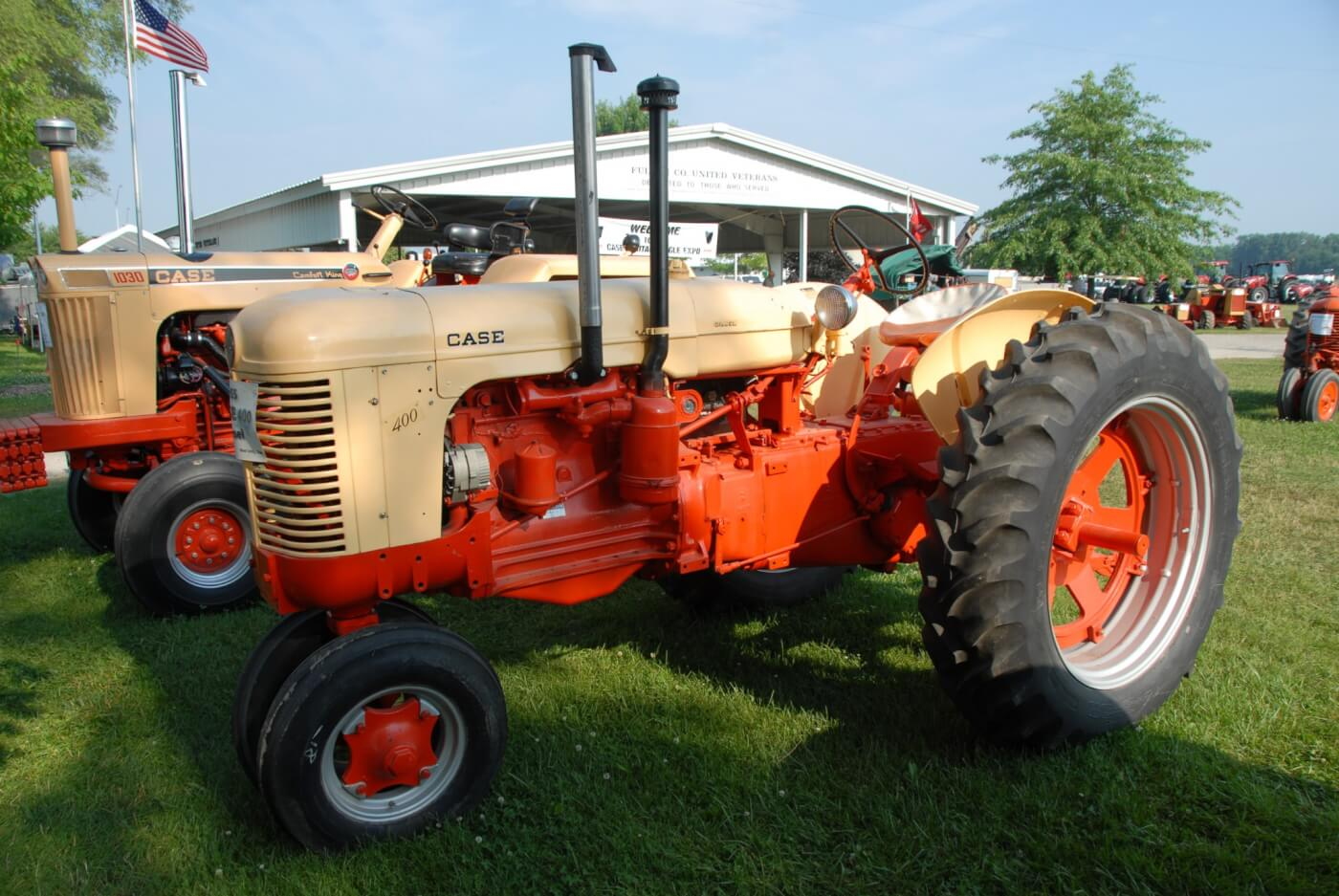 The Case 401 was a mid-sized diesel general purpose (rowcrop) tractor that was big enough for many larger jobs and small enough to be useful as a farmyard utility. This is the most common of the 400 series built for 1955, with some 2,798 built that year, outselling the spark-ignition units by about 85 units. The rowcrops were available with a single-wheel front, a dual-wheel front or with an adjustable-track wide-front axle. This tractor is owned by Dale Stamm and was seen at the 2014 National Threshers Association show at Wauseon, Ohio, where Case tractors were being celebrated.