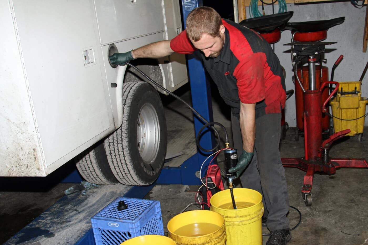 26. To complete the installation, he pumps the drained fuel back into the fuel tank then cycles the ignition several times to prime the fuel system with the AirDog pump and starts the truck. While the truck is running, Grubb carefully inspects the complete system for leaks.