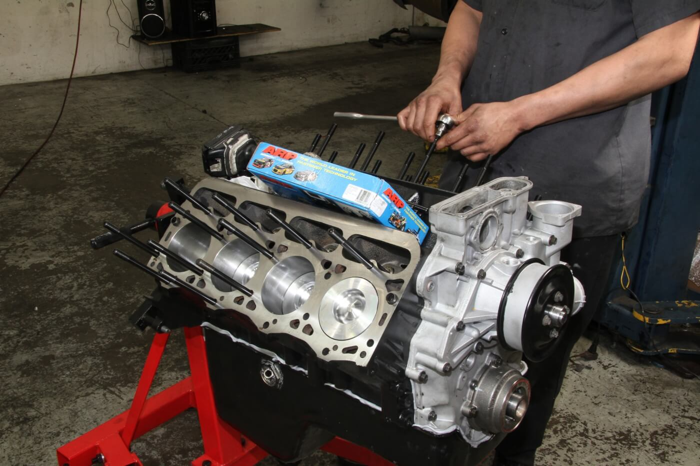 Here you see an ARP head stud kit being installed on a Ford 7.3L diesel.