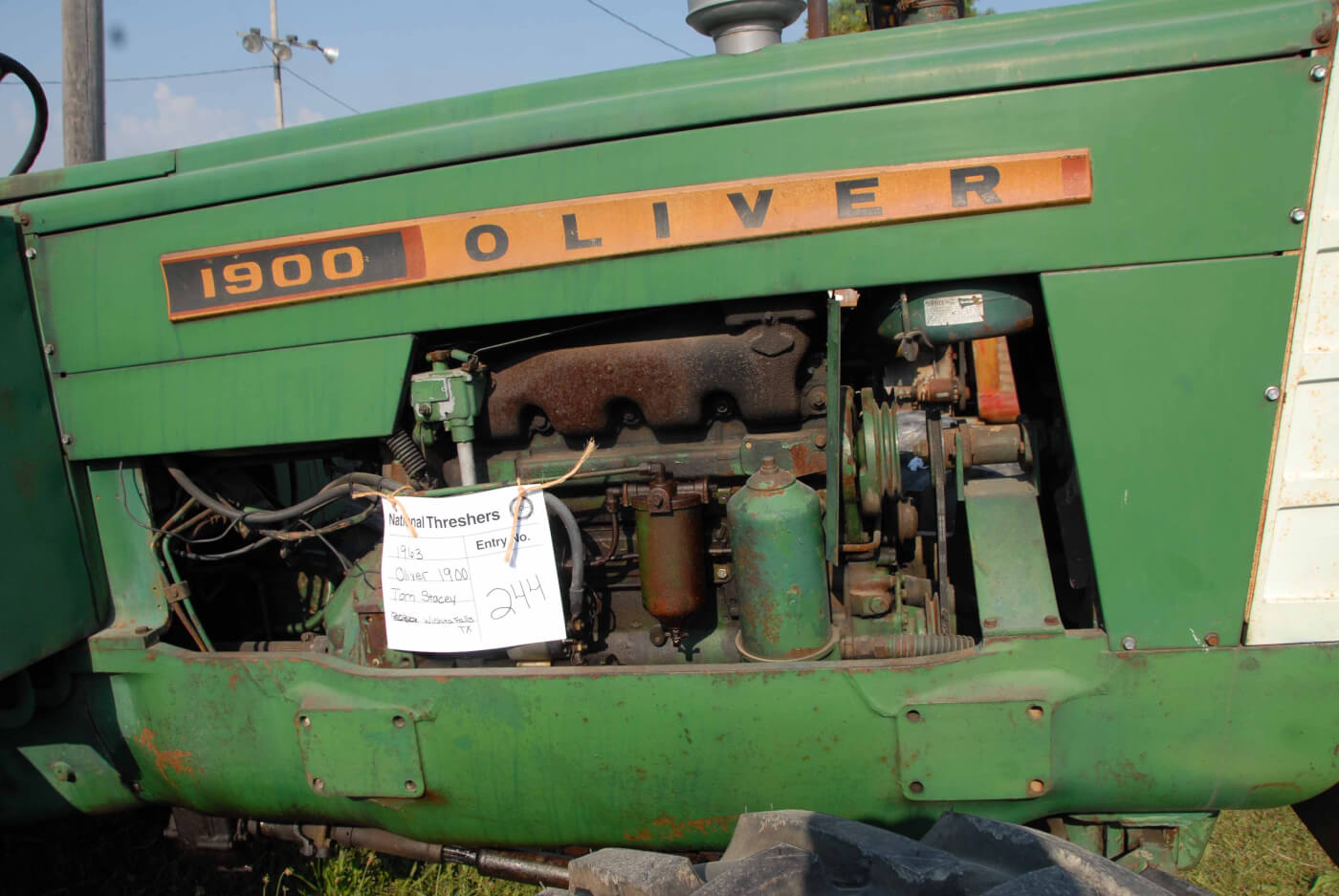 Tractor Talk Jimmy Screamin At Ollie1963 Oliver 1900 Gm 44 Fuel Filters Monstrous Oil And Show The Kind Of Flow These Engines Generated