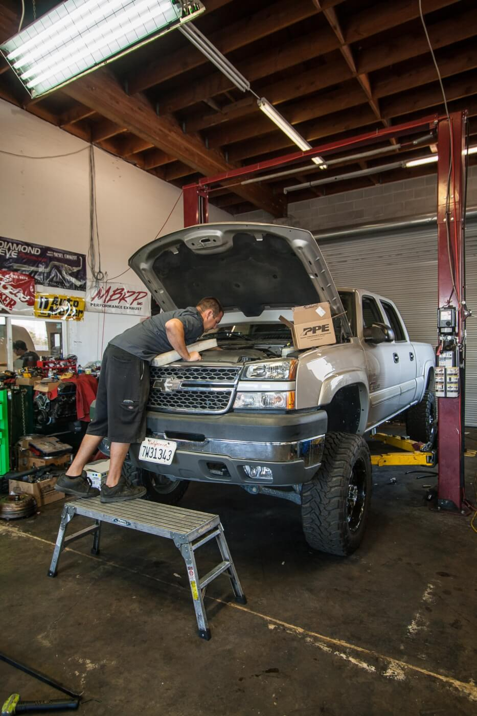 Master tech Ethan Barker of Left Coast Diesel helped us install the trio of