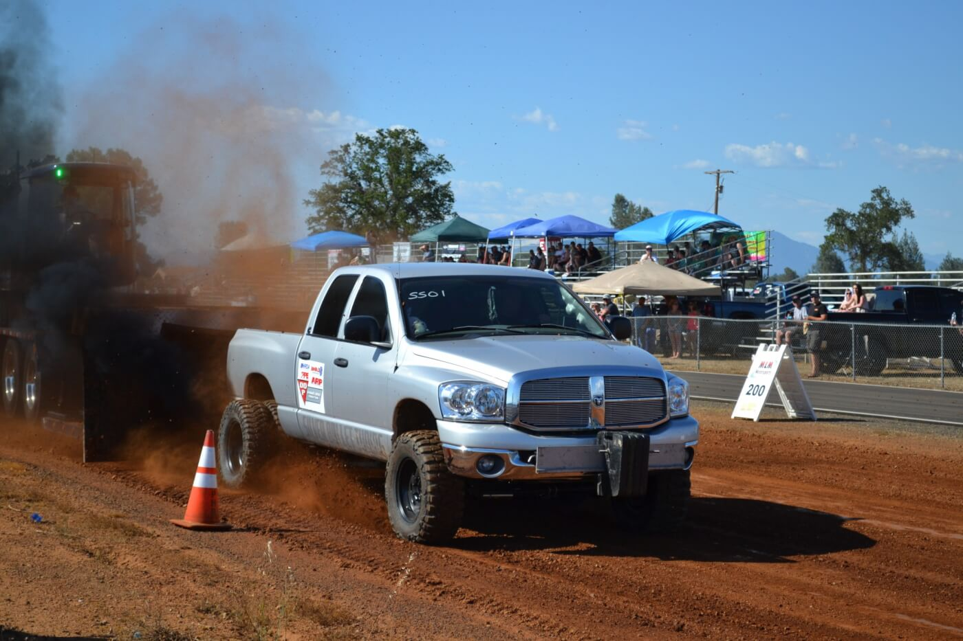 Perhaps the most impressive performance of the pull was put in by Les Szmidt, who used nearly 1,000 horsepower on a 2.6-inch charger to motivate his Dodge to a 338-foot pull and past the rest of the field by a good margin.