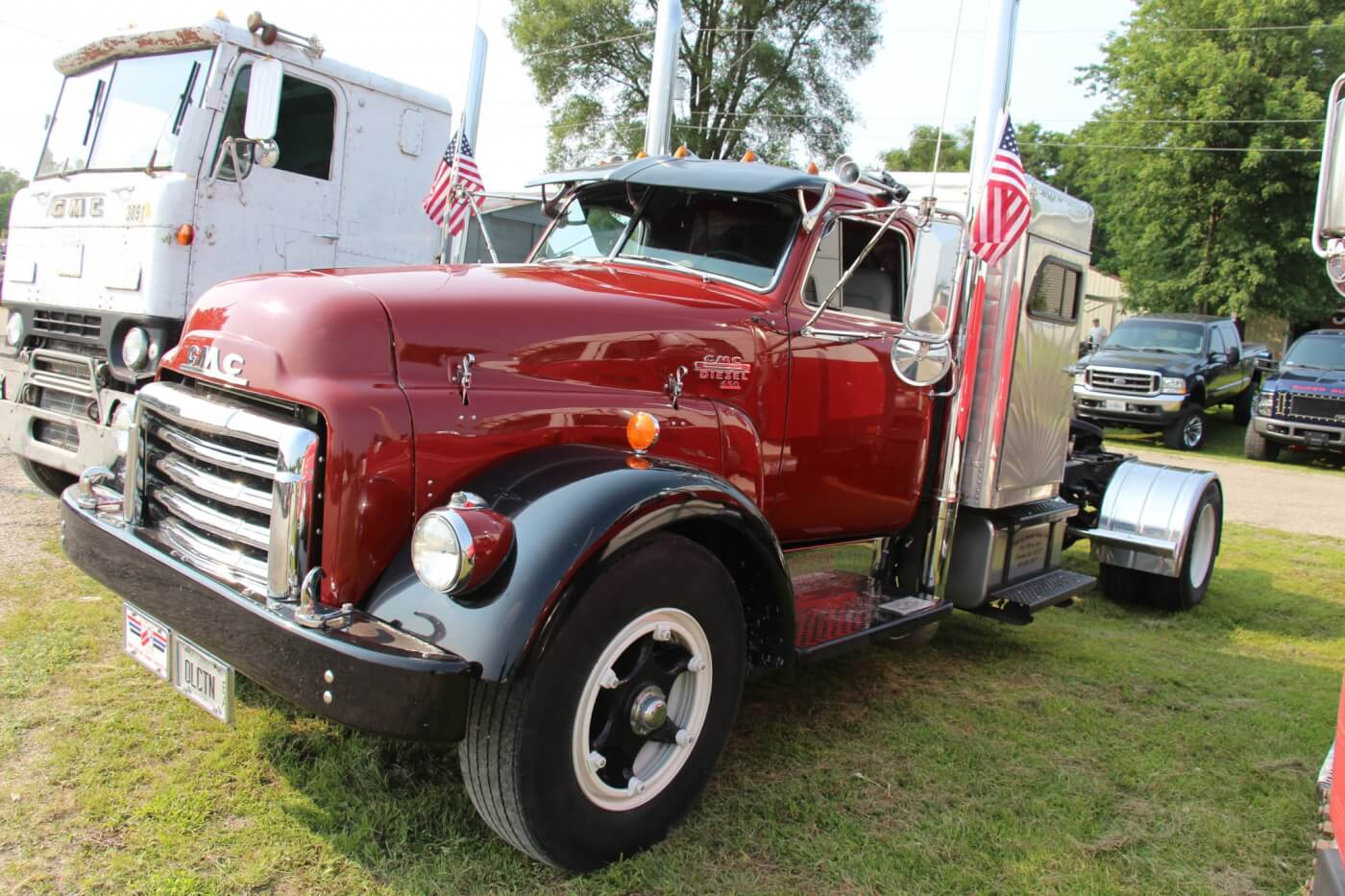 This Detroit powered, GMC Diesel 650 is one of the cleanest versions of GM's early 1950's big rigs we've ever seen. It's definitely a piece of Americana worth holding onto.