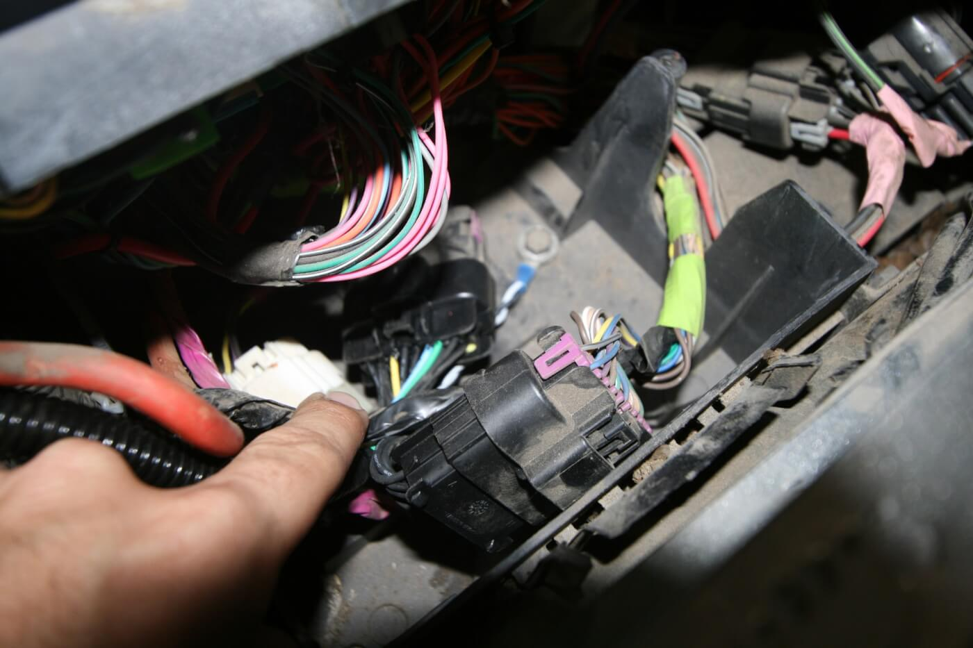 DW 1601 GMBANKS 10 speedbrake installation on a duramax 1974 Chevy Truck Fuse Box Diagram at webbmarketing.co