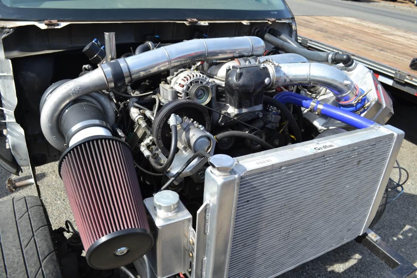 Under Pressure A 1 200 Horsepower 6 0l Drag Truck
