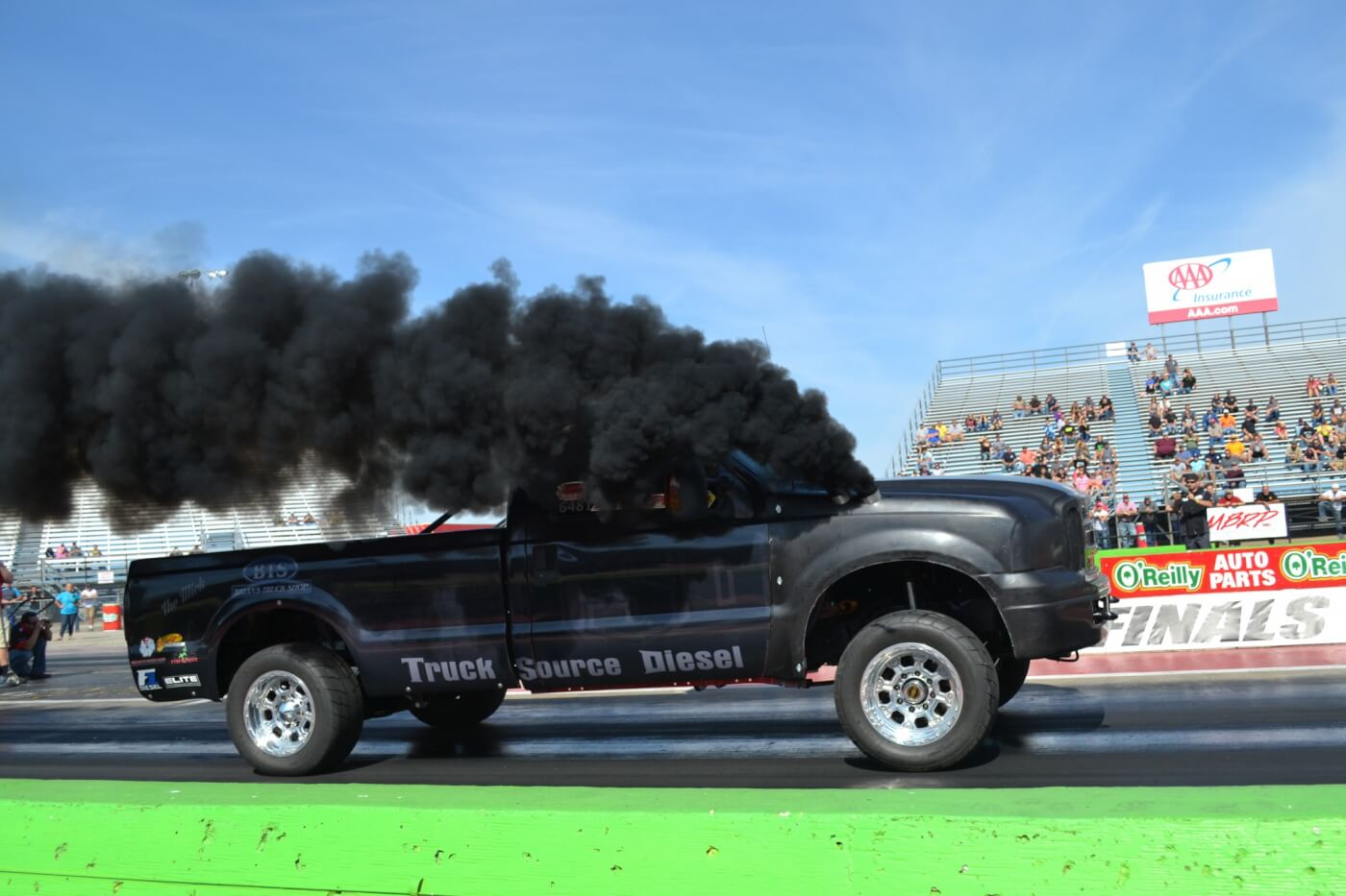A step up from 10.90, the NHRDA's Super Street class is a heads-up category with a 6,000-pound minimum weight. It attracted some of the fastest four-wheel drives in the country, like Truck Source Diesel's awesome 9-second triple turbo Cummins-powered Ford.
