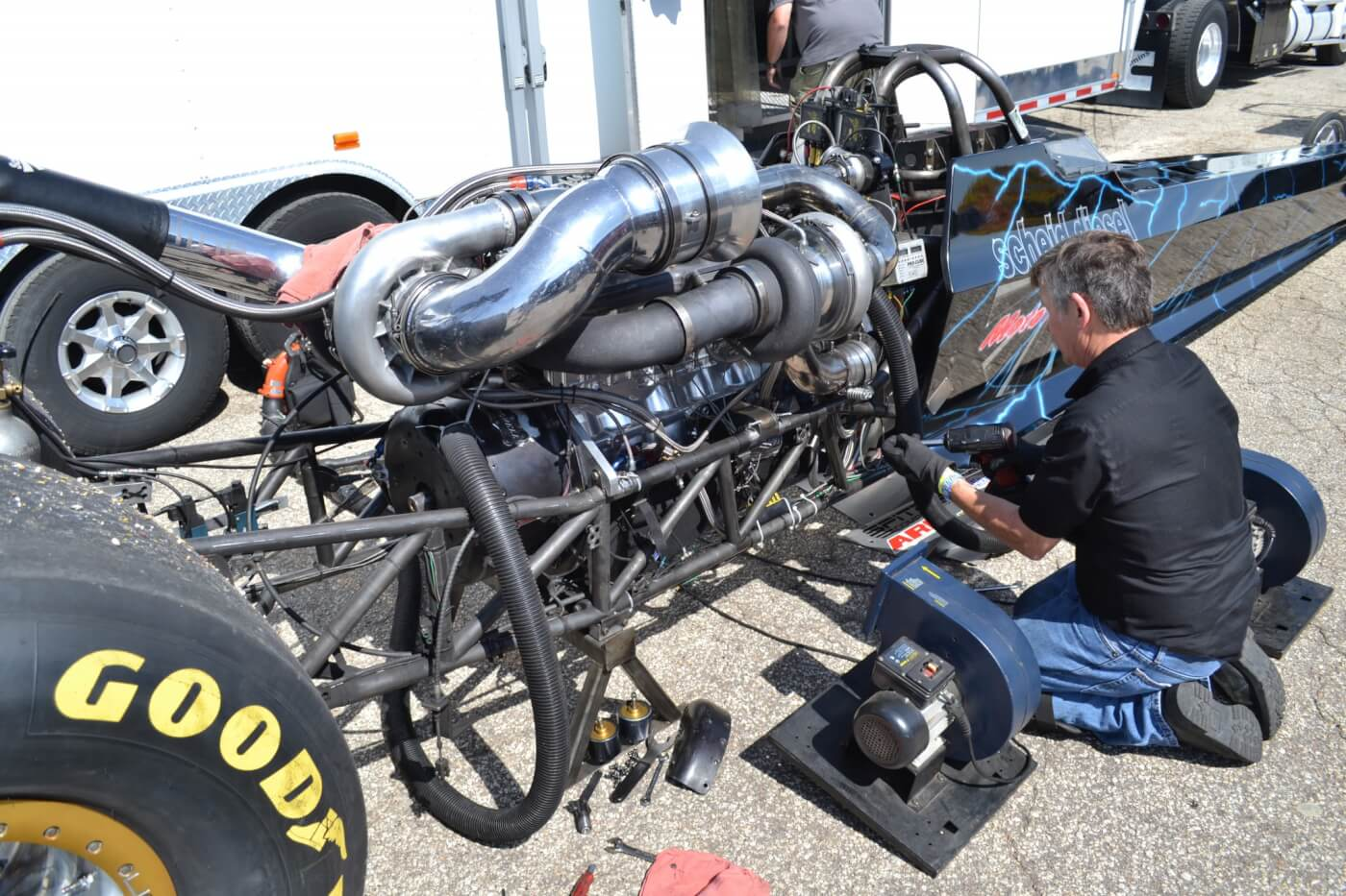 Top Diesel is the NHRDA's quickest and fastest class, and is home to such vehicles as the 6-second Scheid dragster, which unfortunately lost a transmission in qualifying. Not one to go out without a fight, the team swapped in a spare Lenco just in time for eliminations.