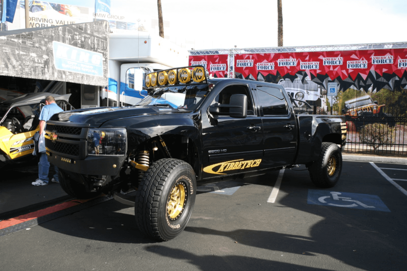 The BugattiMax is one clean and high-end Duramax-powered off-road Pre-Runner built by Kibbetech in Newbury Park, California. And it's for sale people!