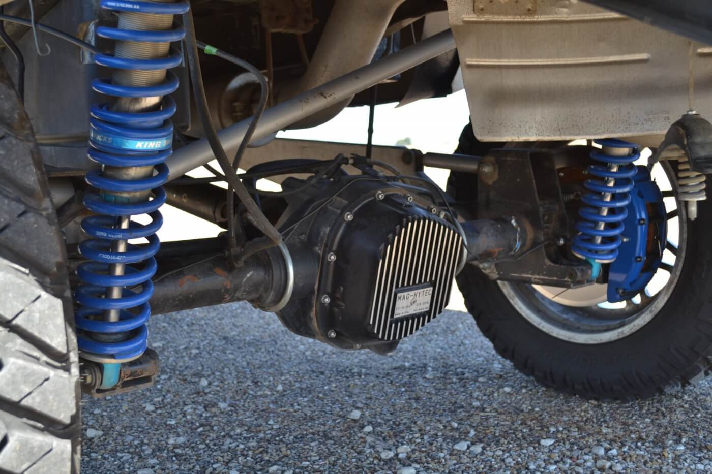 The rear suspension has been upgraded with 4.33 gears, a Mag-Hytec rear differential cover, and 300M RCV axle shafts. The rear shocks are 2.5-inch King coilovers that provide a whopping 12 inches of travel.