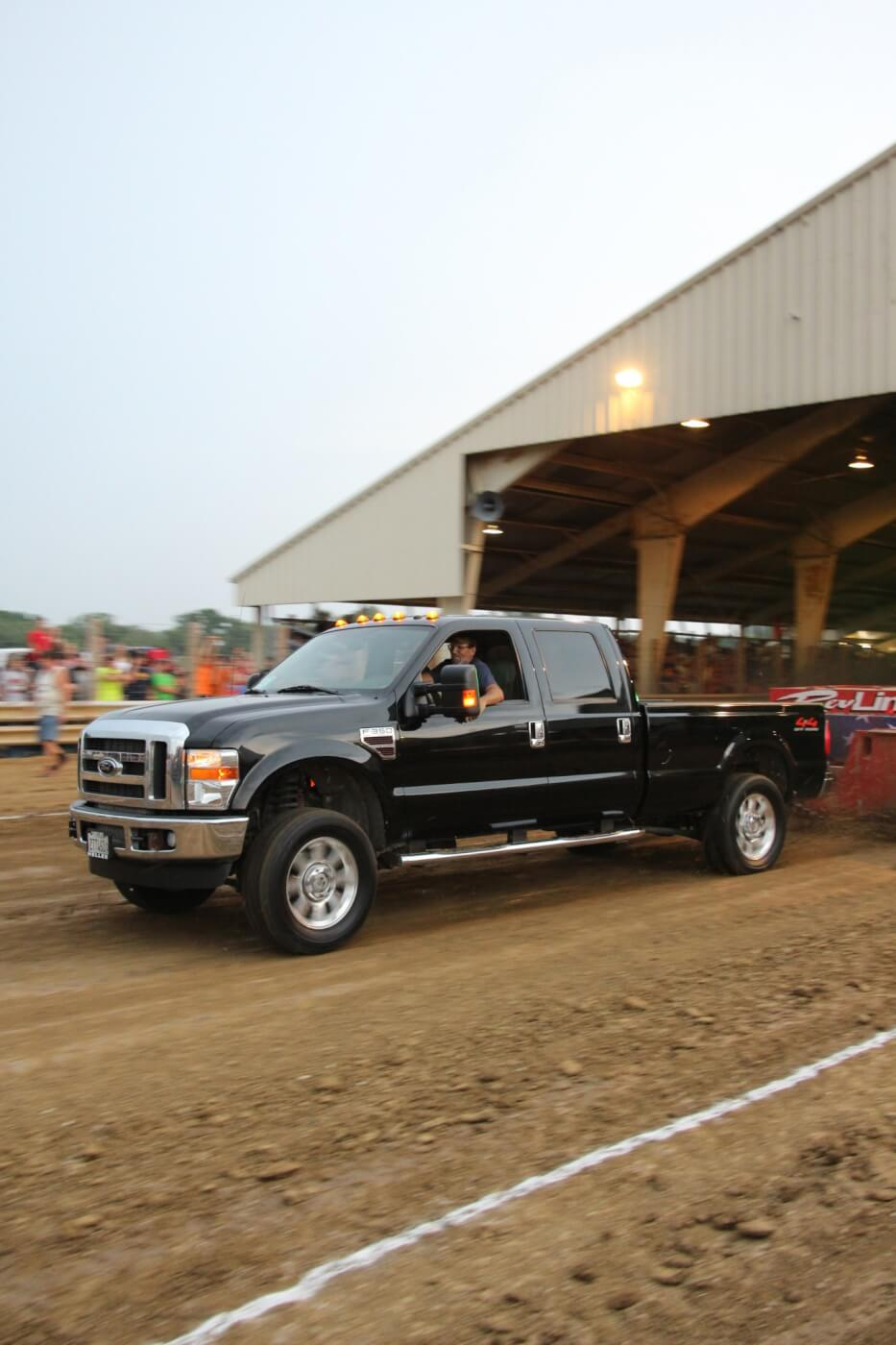 As stated, stock turbo rules definitely benefitted the 6.4L Power Strokes that were there to compete (thanks to the factory compound turbocharger arrangement). Here, Dennis Burk and his tune-only '08 F-350 storm to a distance of 268 feet and change: good enough for Third Place.