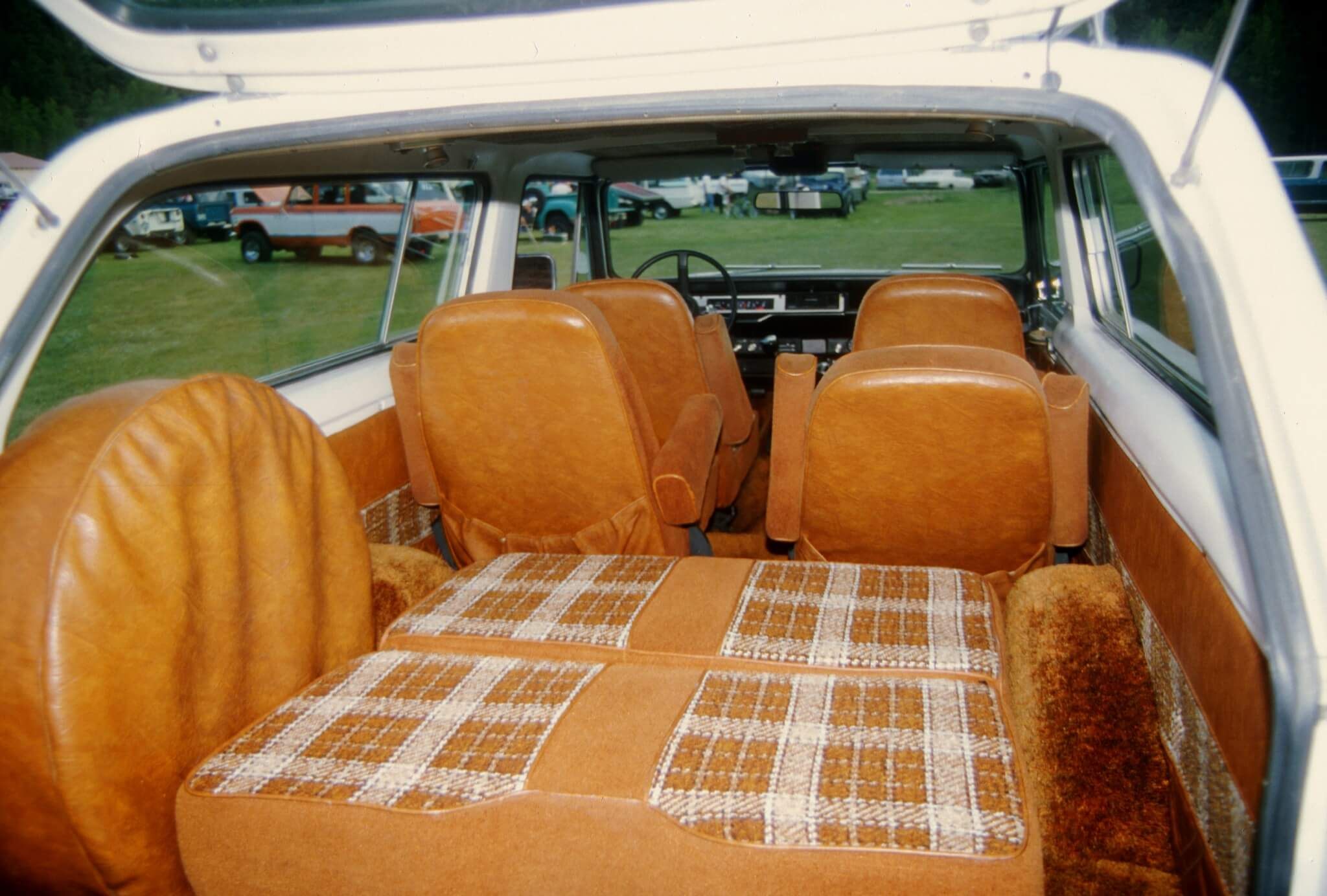 """If you wanted a """"travelin'"""" interior in your Traveler, you ordered the Midas Package. Travelers so ordered went from the Ford Wayne factory to Elkhart, where Midas installed swiveling captains chairs up front and plush buckets in back. An optional third-row seat folded down into a comfortable bed."""