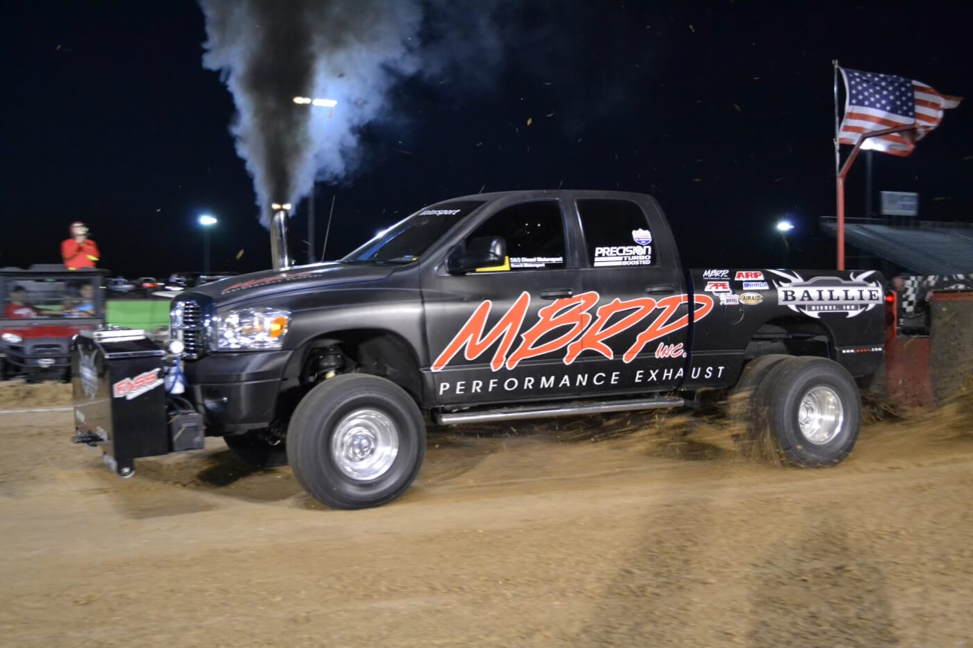 Jim Greenway's MBRP-sponsored '2007 Dodge won the 2.6 class with an excellent 344.09-foot pull, narrowly beating out his wife Amy's 338.50 second place effort.